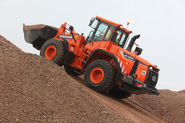 DOOSAN DL300-5 Wheel Loader