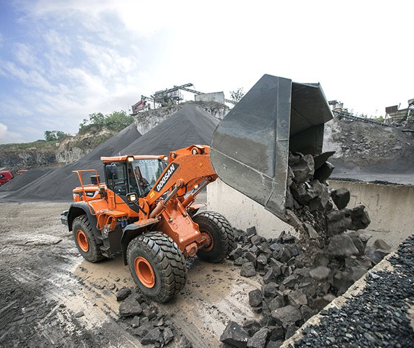 DOOSAN DL420-5 Wheel Loader
