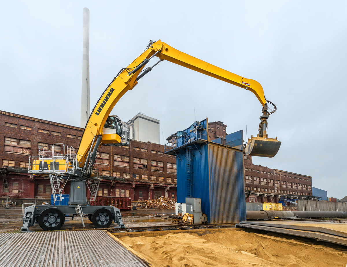 Liebherr LH 60 M High Rise Industry Litronic