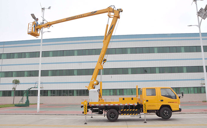 SHENGYUAN 16 meters overhead working truck
