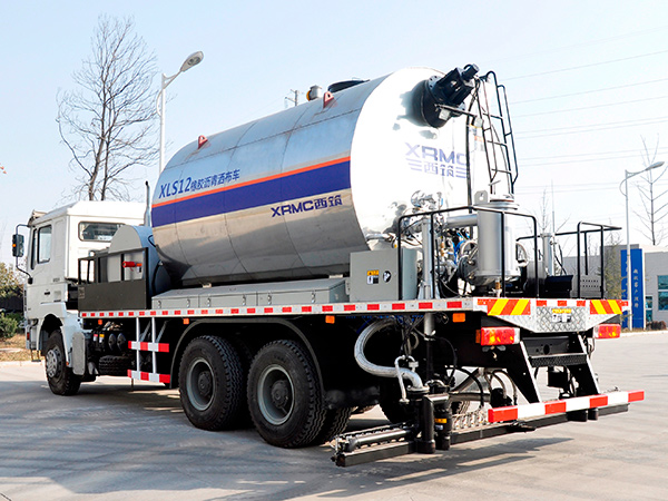 ZHONGJIAOXIZHU XLS12 Asphalt Distributor Road maintenance Equipment