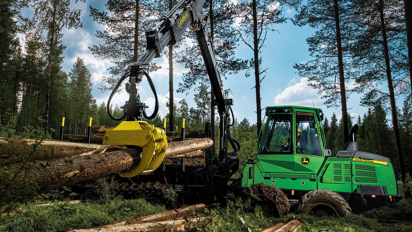 DEERE 1110G Forwarder Forwarders